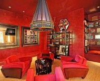 Красный цвет в интерьерах: примеры, популярные сочетания, характеристика цвета
