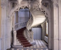 Готические лестницы - примеры лестниц разных эпох, декор, фото