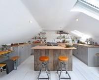 Проекты интерьеров кухни в мансарде, примеры планировок