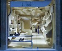 Интерьер магазинов обуви