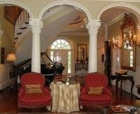 Арки с колоннами, декоративные перегородки и ряды арок