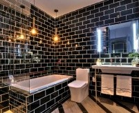 Примеры интерьера чёрной ванной комнаты - фото и описания