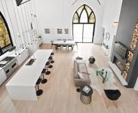Жилой дом в перестроенном здании готической церкви